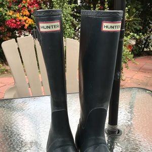 Hunter boots !!